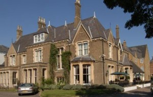 Cotwold Lodge exterior view